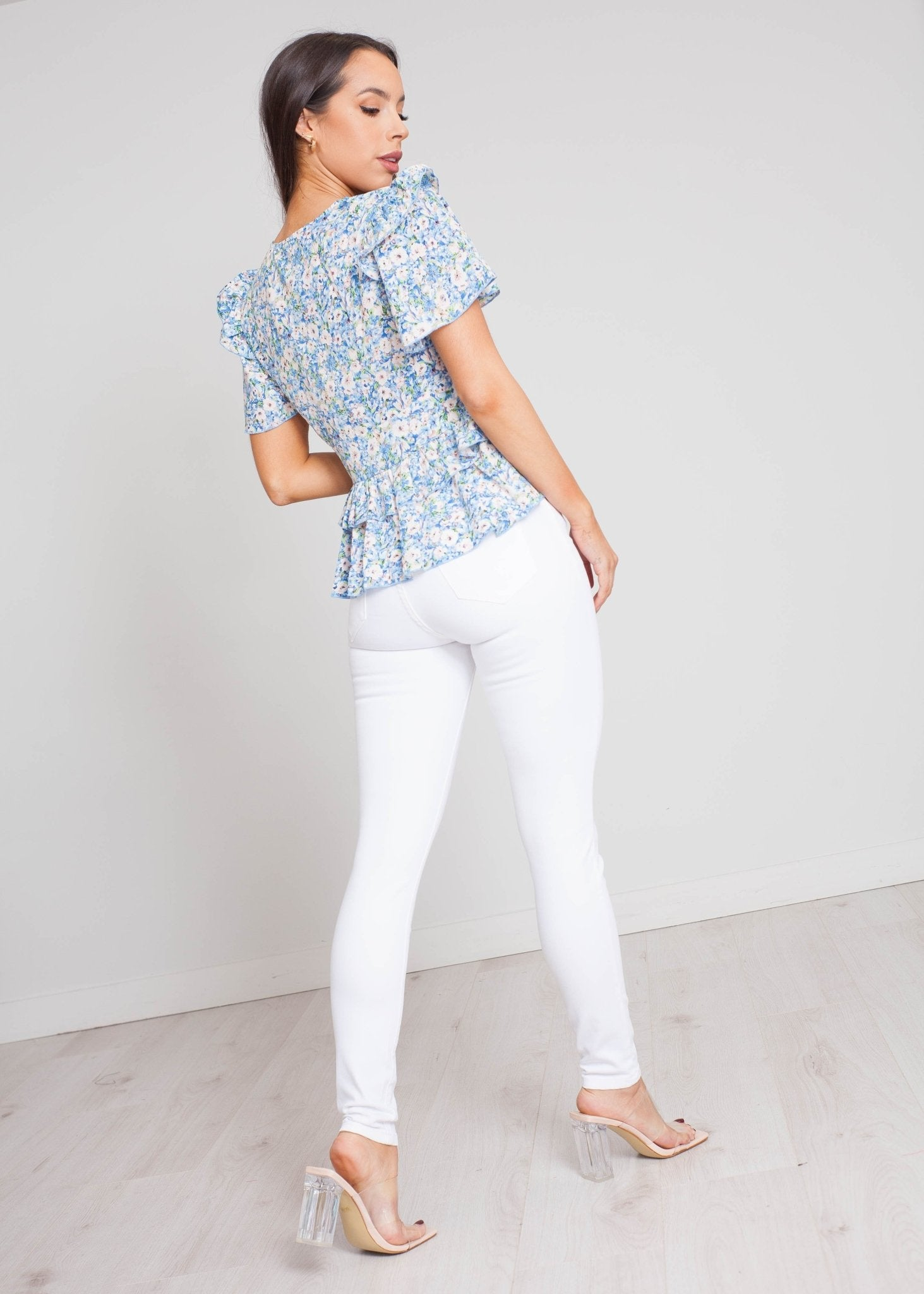 Nora Floral Blouse In Blue Mix - The Walk in Wardrobe