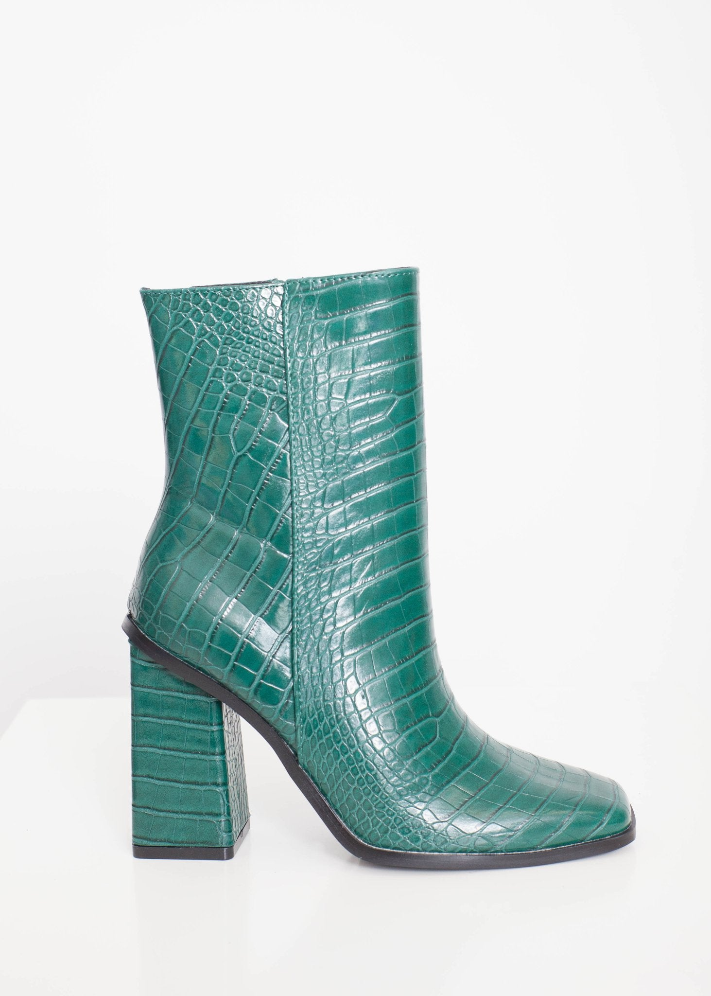 Priya Croc Boots in Green - The Walk in Wardrobe