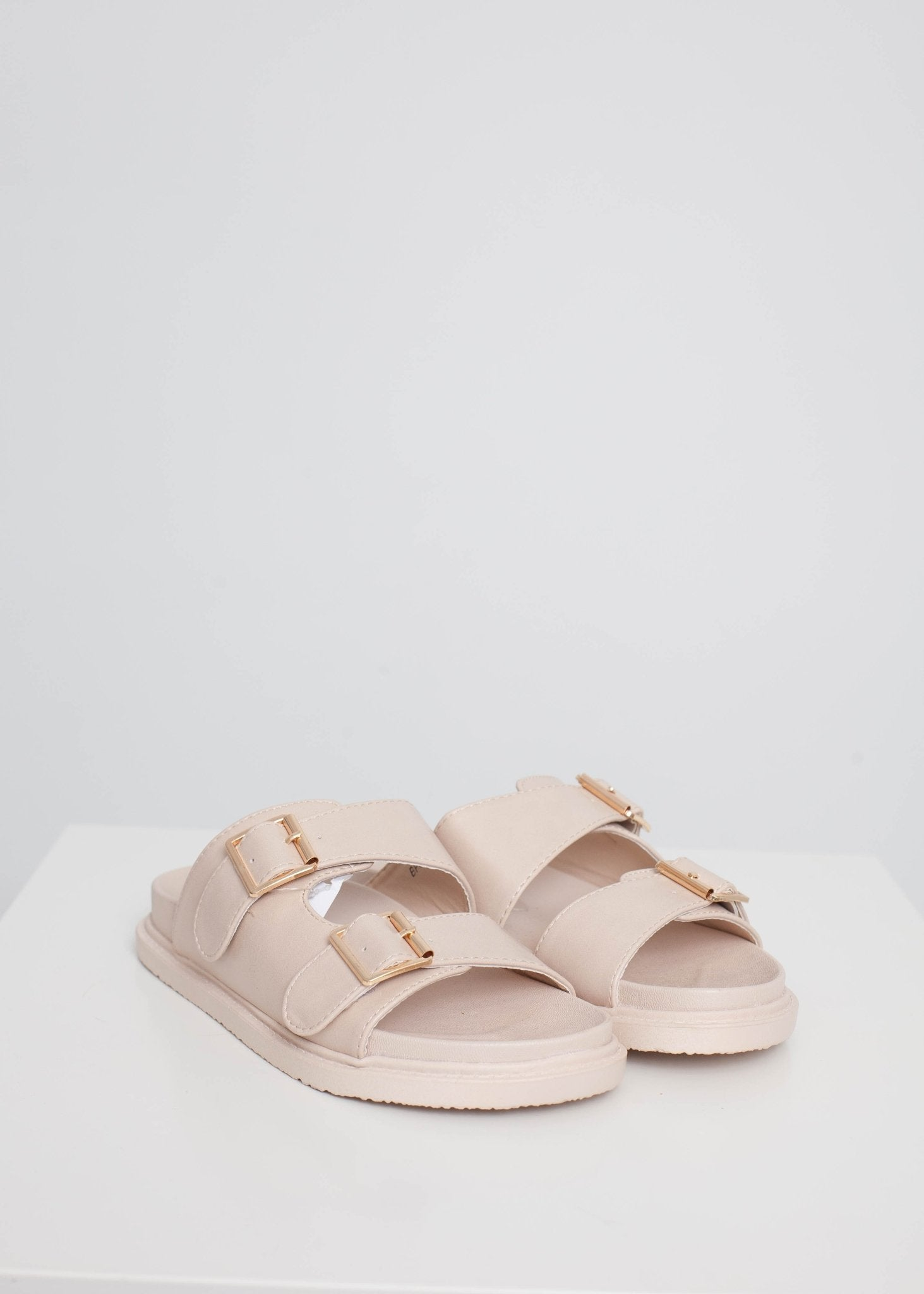 Priya Flat Sandals In Beige - The Walk in Wardrobe