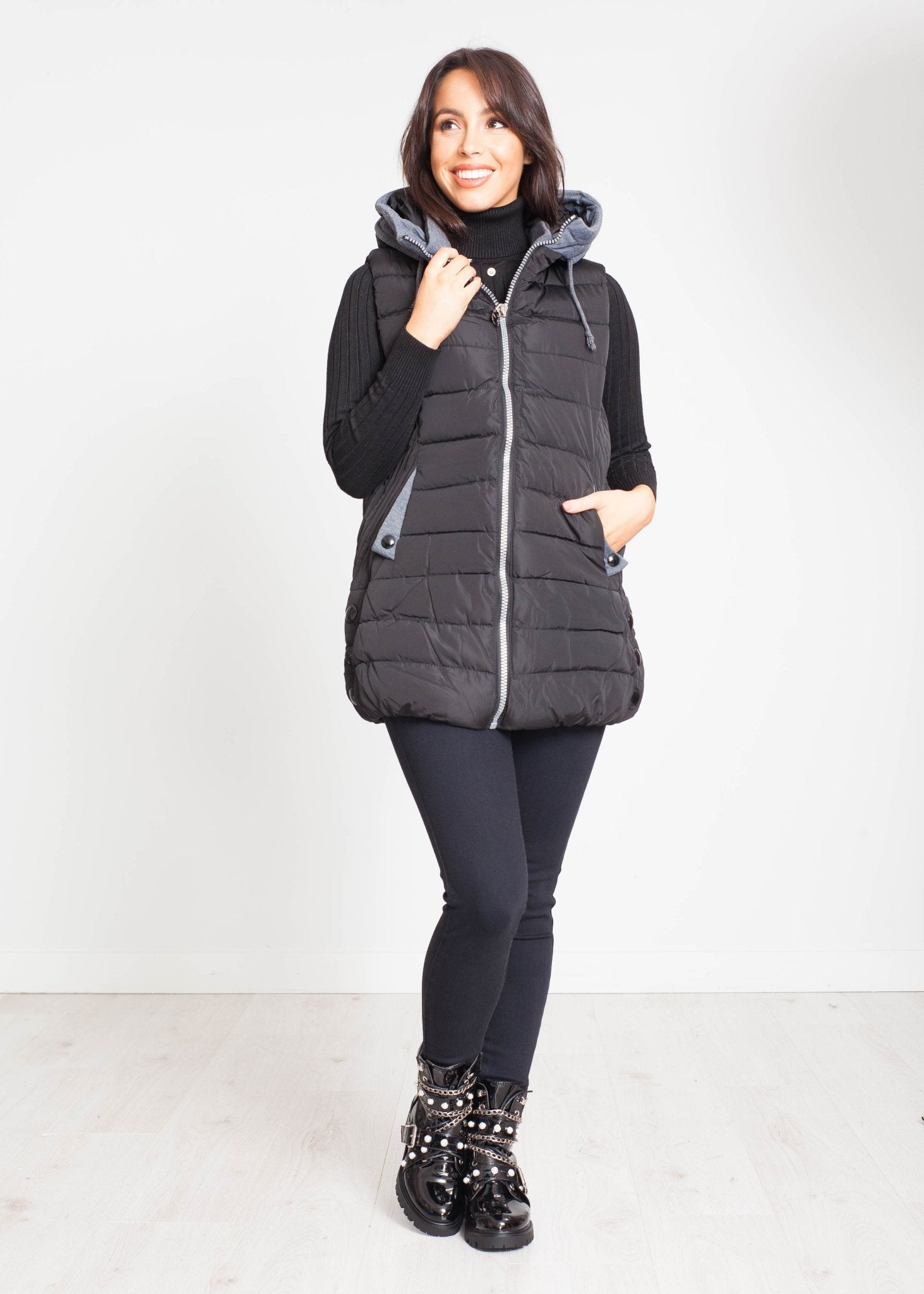 Priya Hooded Gilet In Black And Grey - The Walk in Wardrobe
