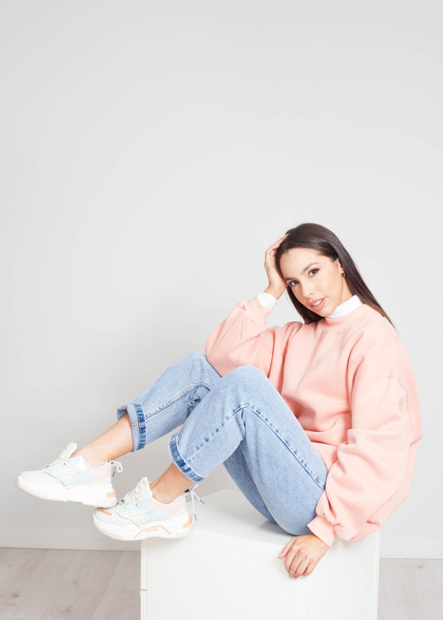 Priya Oversized Sweatshirt In Pink - The Walk in Wardrobe