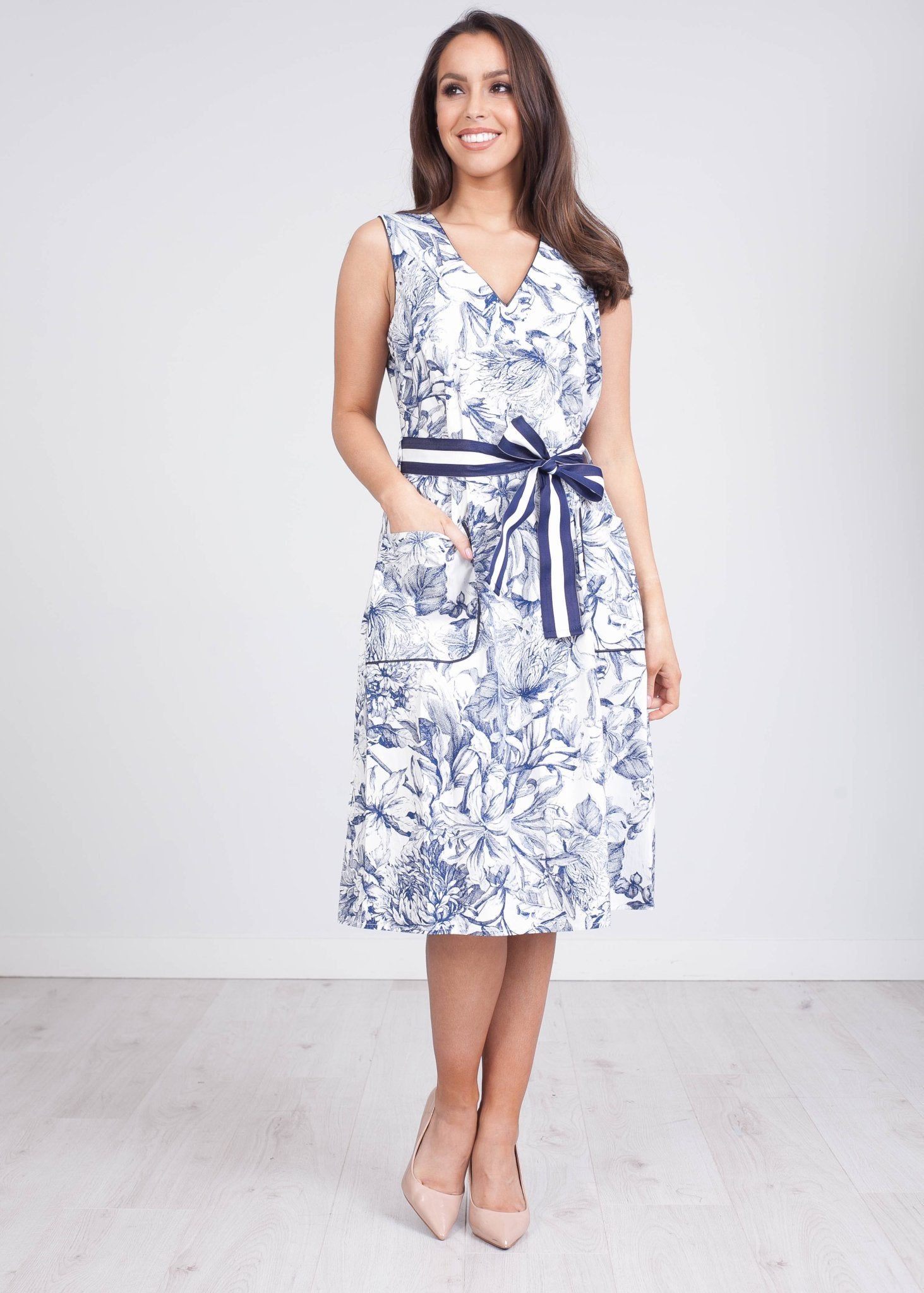 Rita Blue Print Dress - The Walk in Wardrobe
