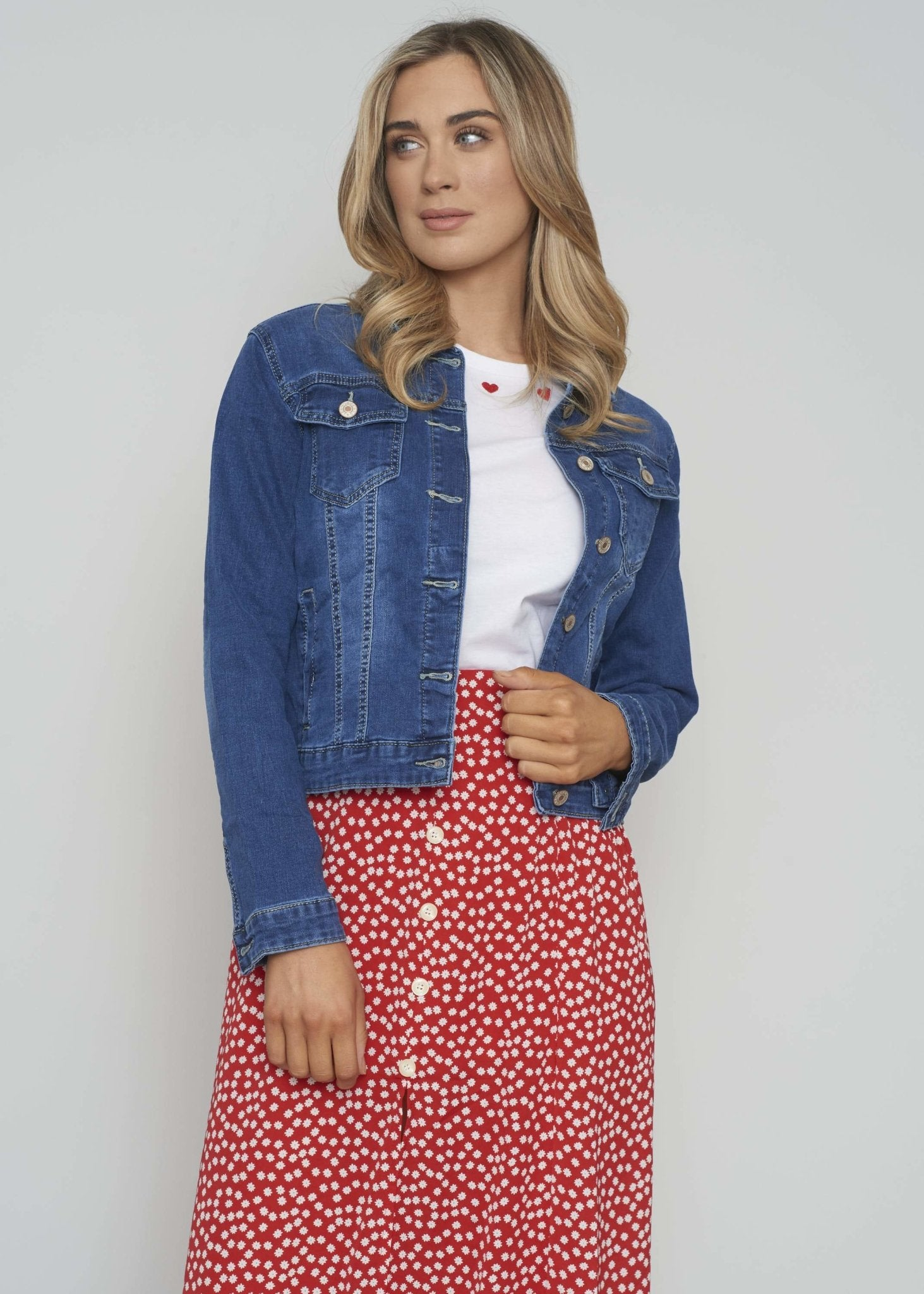 Samantha Denim Jacket In Mid Wash - The Walk in Wardrobe