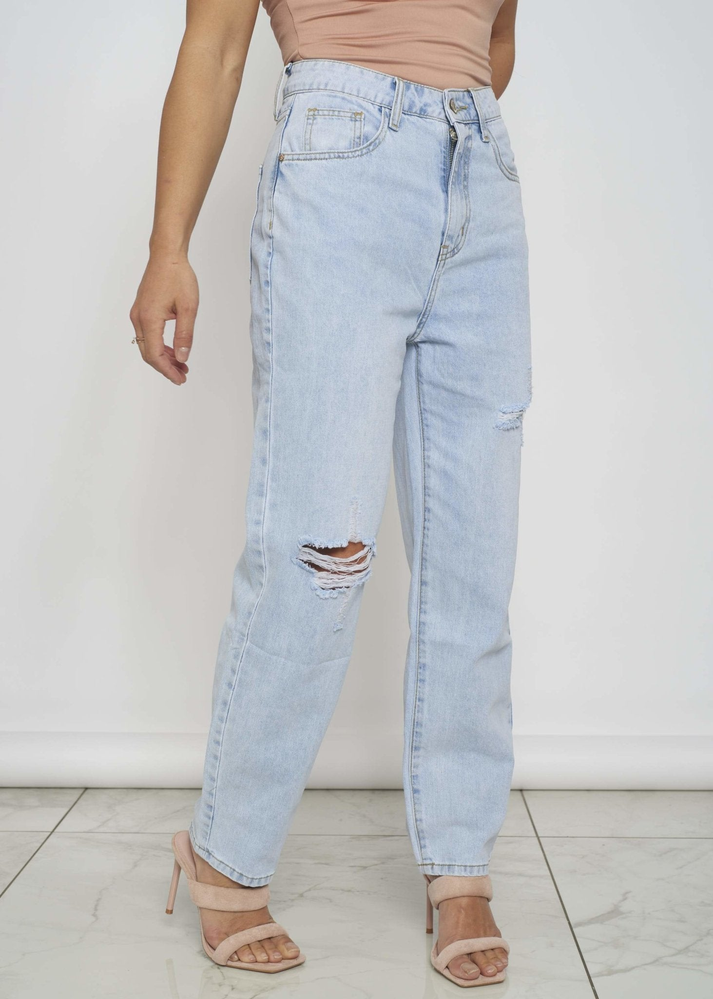 Shauna Distressed Mom Jean In Light Wash - The Walk in Wardrobe