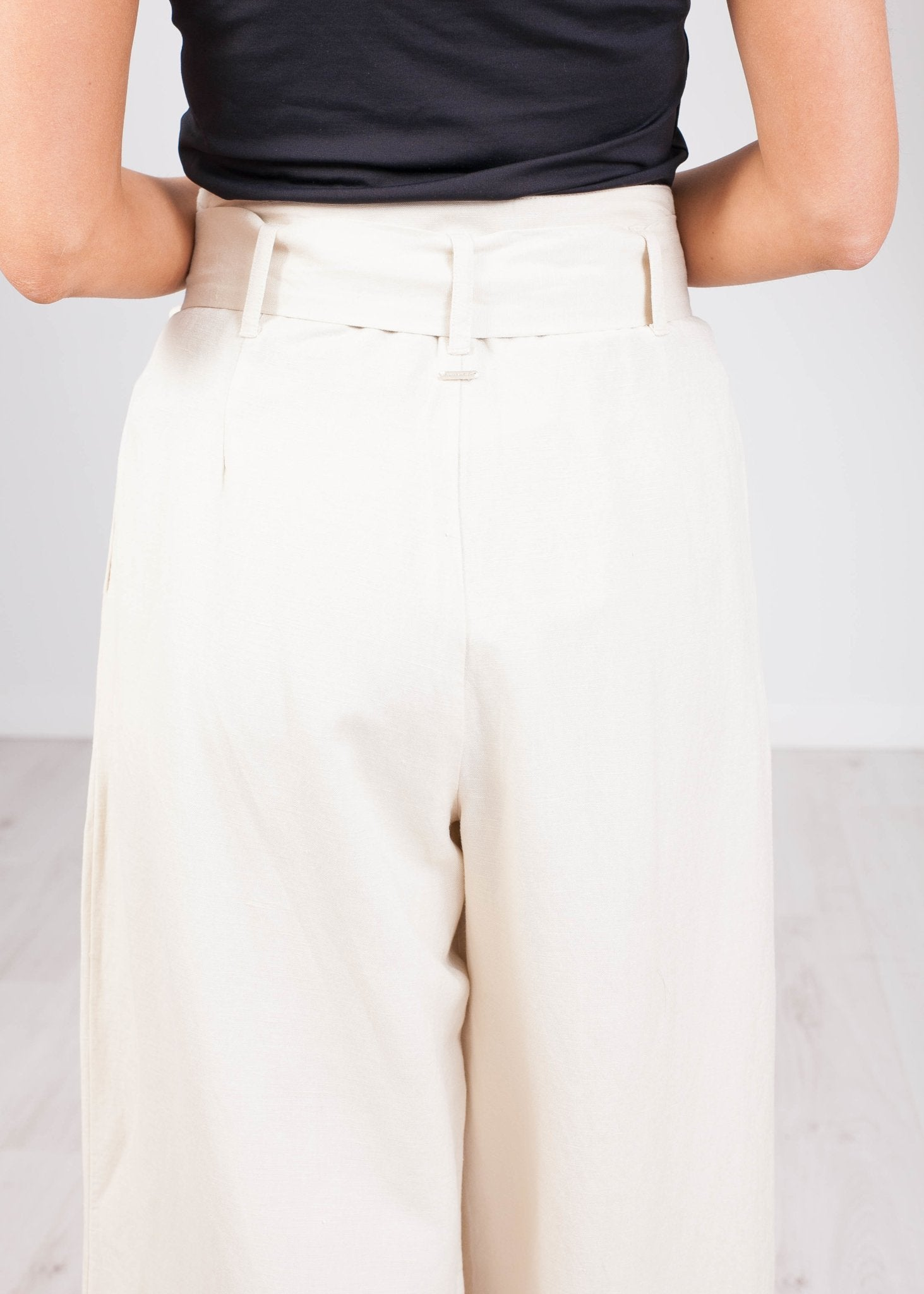Sophia Cream Culotte Trousers - The Walk in Wardrobe