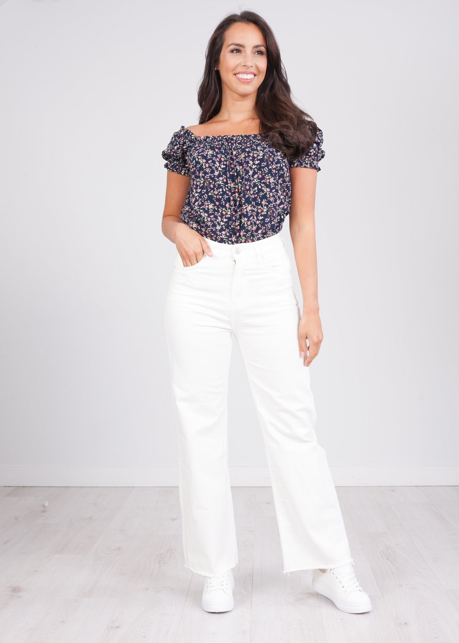 'Suzy' Cream Culotte Jeans - The Walk in Wardrobe