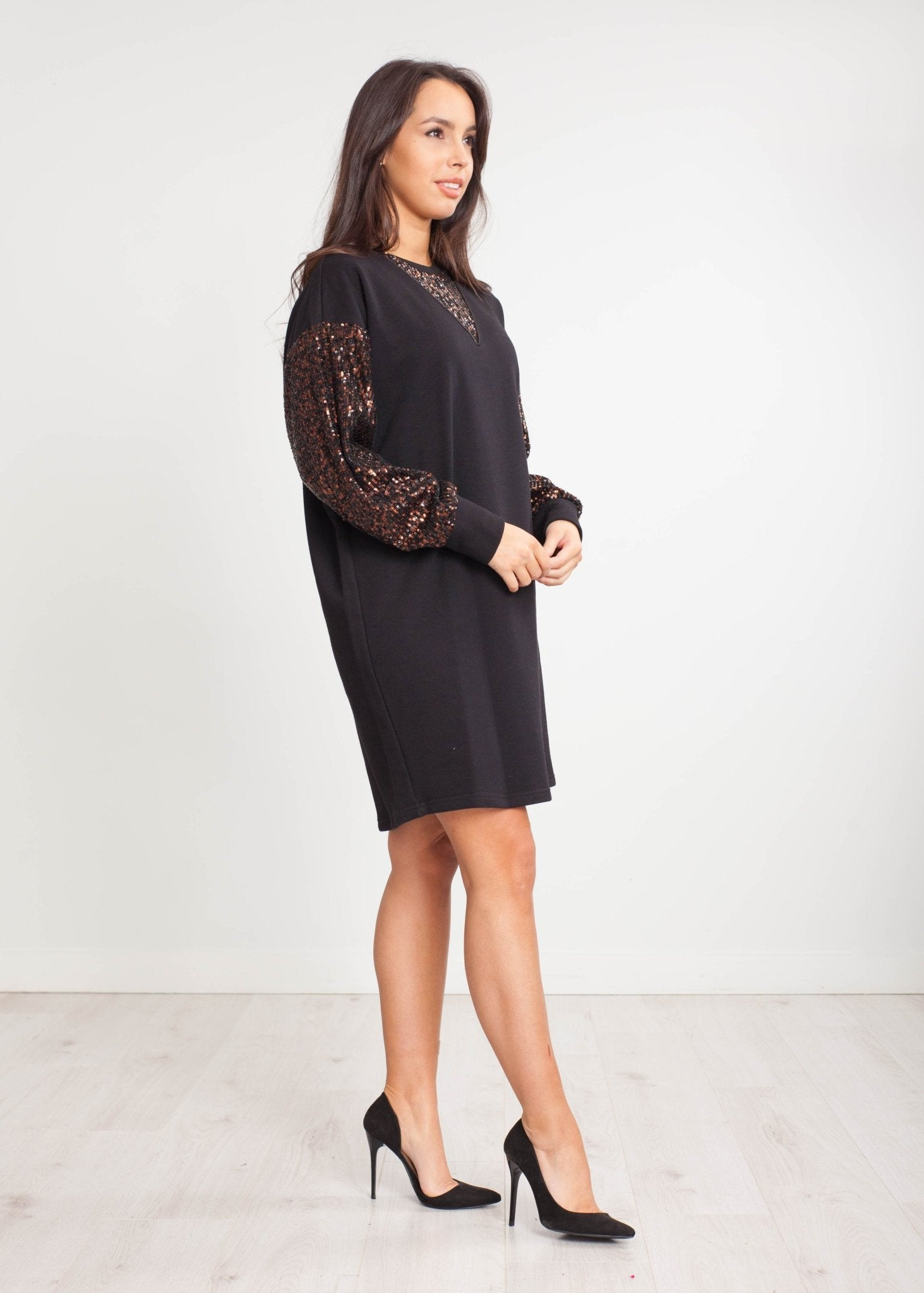 Tina Jumper Dress With Sequins In Black - The Walk in Wardrobe