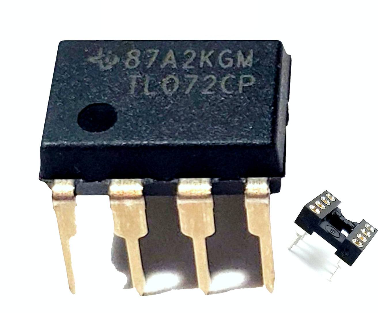 Integrated Circuits with DIP Sockets
