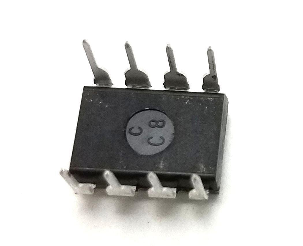 ON Semiconductor LM833NG LM833 + Socket - Dual Operational