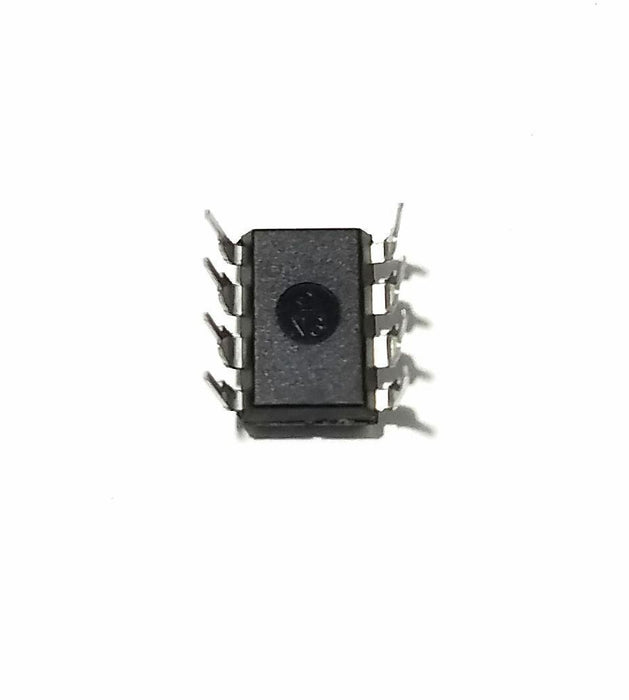 TLC271ACP TLC271 + Socket - Programmable Op Amp DIP-8 IC