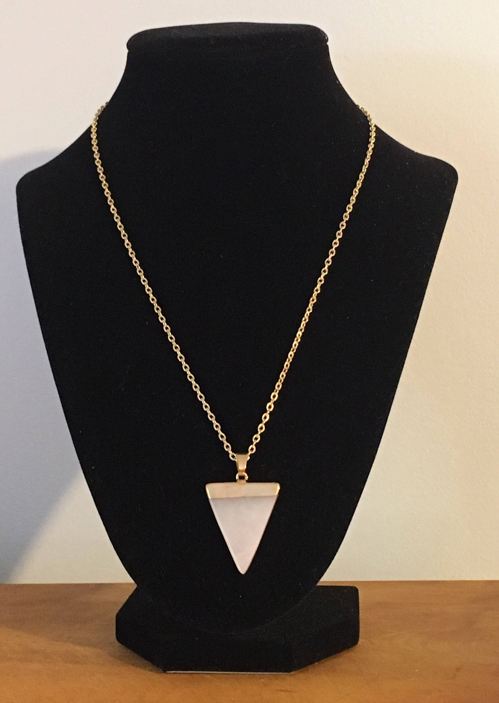 Genuine Rose Quartz Necklace, Womens Rose Quartz Necklace, Rose Quartz and Gold Necklace, Gold Necklace, Rose Quartz, Love