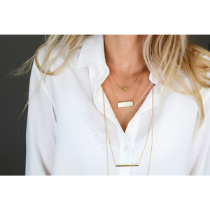 jj+rr Brushed Triangle Necklace Gold 4N401-G