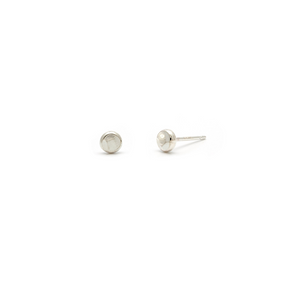 Laughing Sparrow Tiny Pebble Studs 170-02