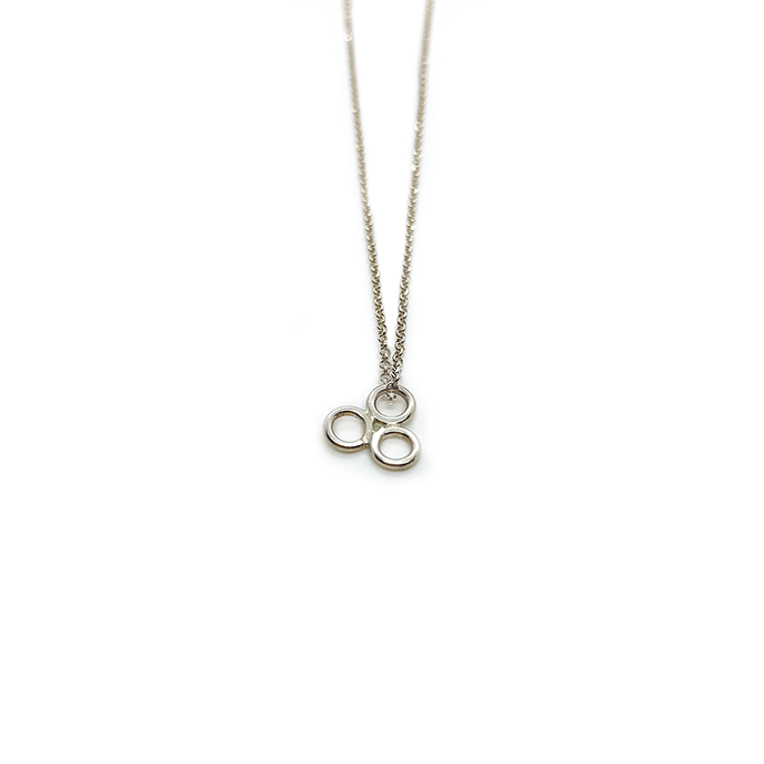 Erin Wallace Triad Circle Pendant N0604