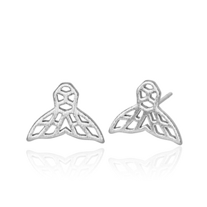jj+rr Whale Tail Origami Studs Silver 7E5-S
