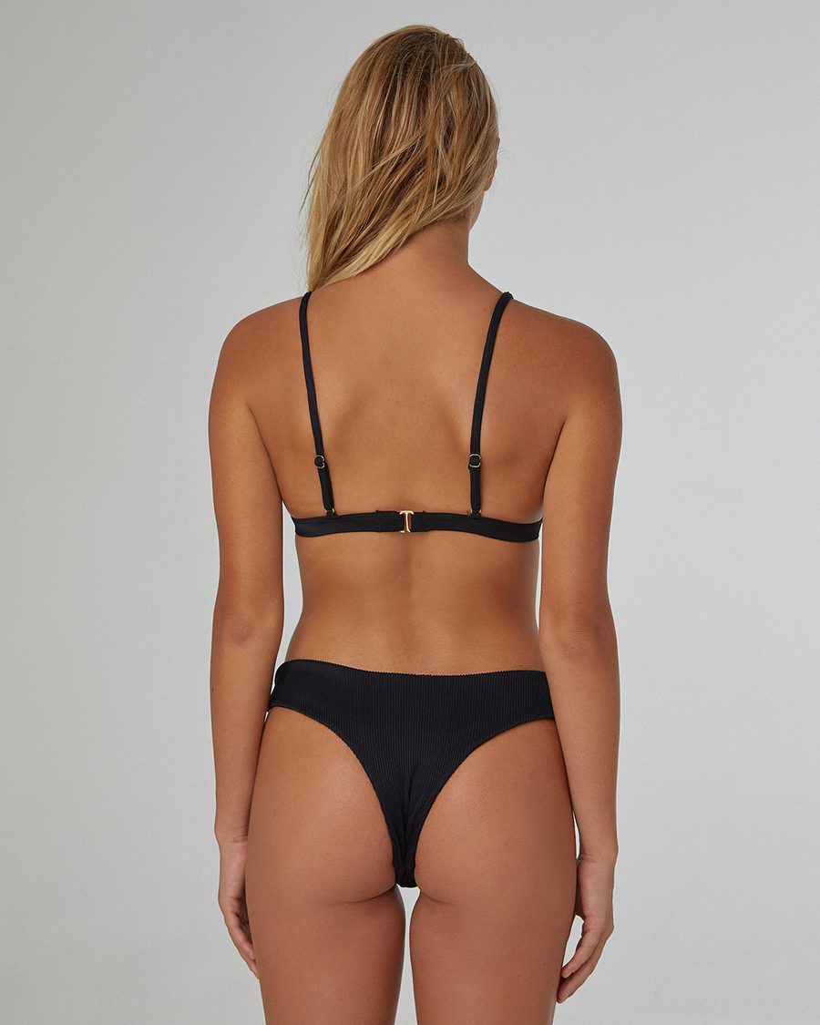 Vues Black Top (Ribbed) - Vaya Island