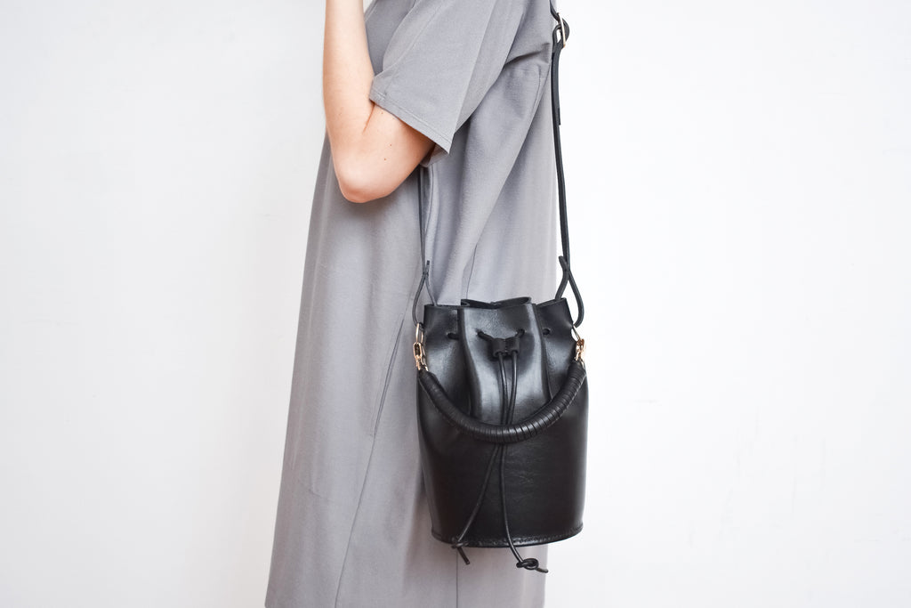 Leather Bucket Bag | Black