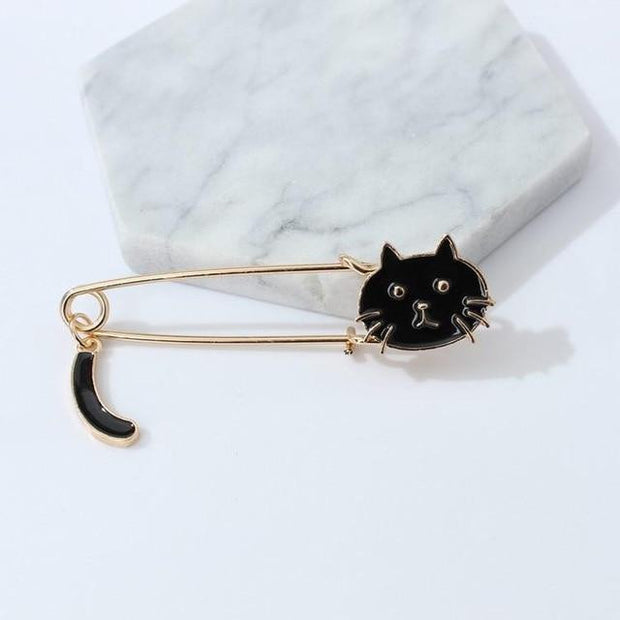 Small Cat Wagging Tail Animal Brooch Simple Dabie Pin Brooch