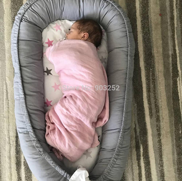 Dismountable Baby nest bed