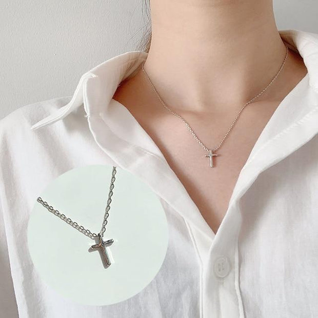 Tiny Dainty Necklaces