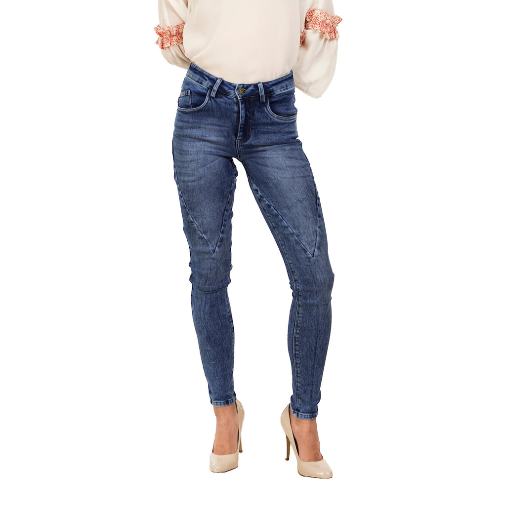 V Patch Blue Jeans