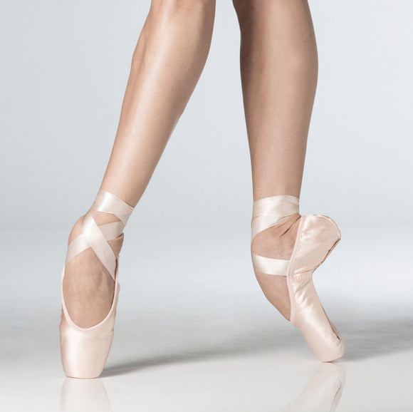 WM LaPointe Satin Pointe Shoe