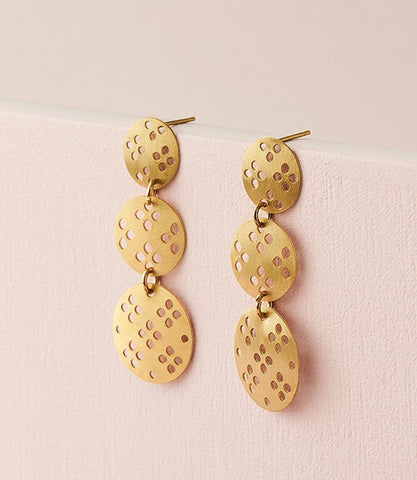 Dhavala Earrings - Gold Coin