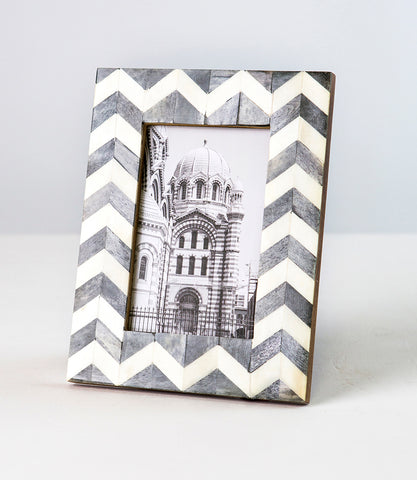"Banka Mundi Frame - Brown and White 3"" x 3"""