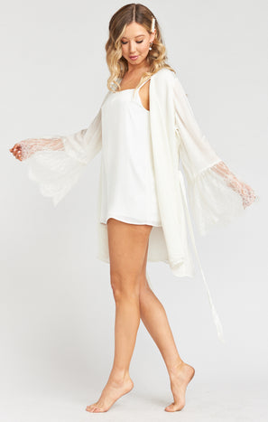 London Lace Kimono ~ Ivory Lace Mix