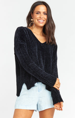Hug Me Cropped Sweater ~ Black Chenille