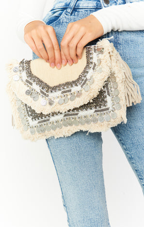 Alisha Fringe Purse ~ Natural/White