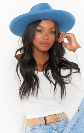 Becker Wide Brim Hat ~ Powder Blue