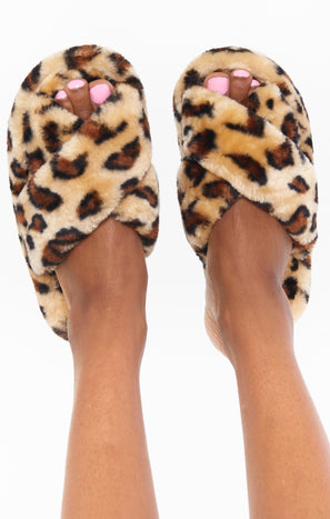 Snug as a Bug Fuzzy Slippers ~ Leopard