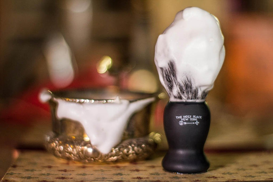 The Holy Black - True Black™ Shave Brush