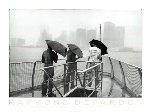 Independence Day New York, 1981 by Raymond Depardon - 24 X 32