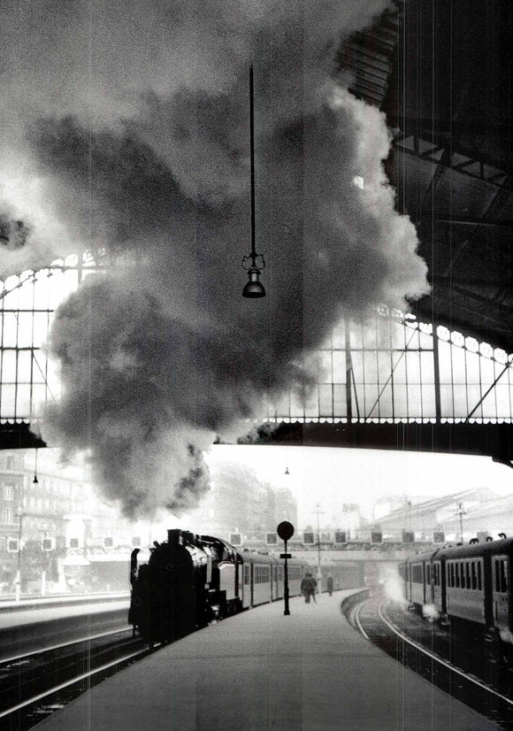 Gare Saint-Lazard, Paris, 1958 by Edouard Boubat - 20 X 28