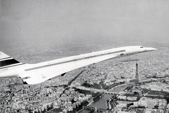 The Concorde flying over Paris, 12 June 1969 by Keystone - 20 X 28