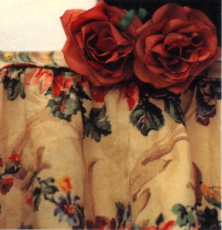 Two Roses by Ruth Beker - 3 X 3 Inches (Greeting Card)