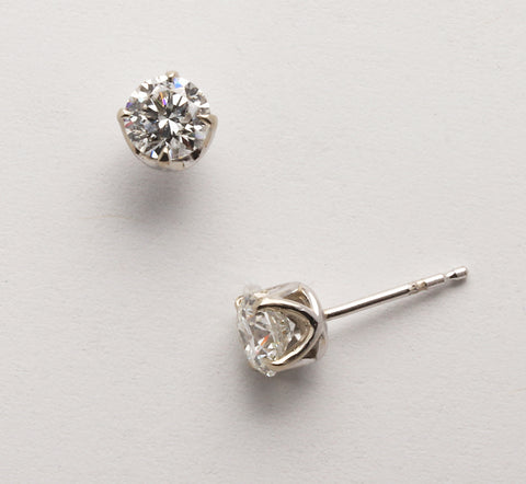 Diamond Studs (Available in 14kw, others made to order)