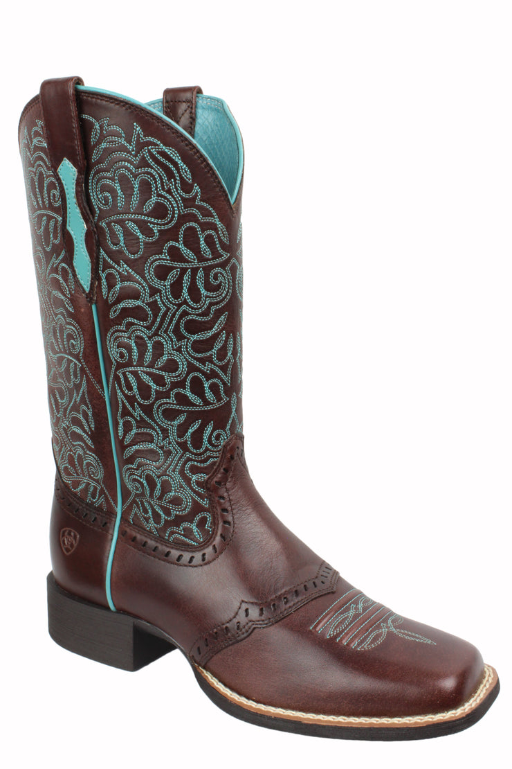 Ariat Round Up