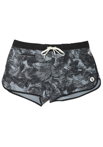 Vuori Women's Tavi Short Black Scribble - Gabrielle's Biloxi