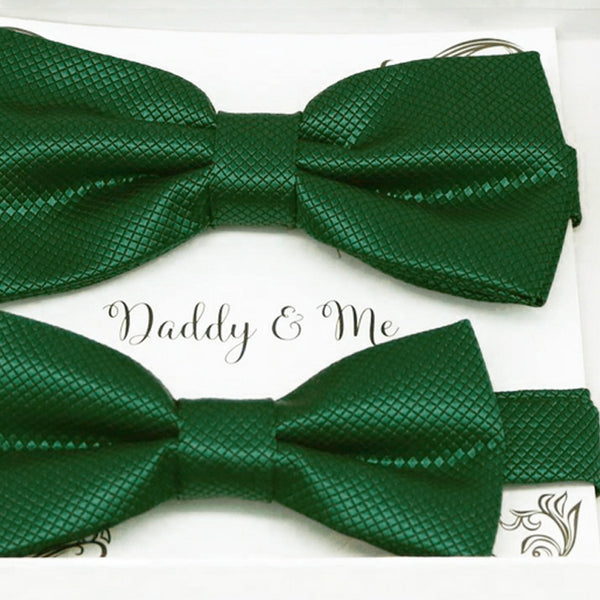 Jolly green Bow tie set for daddy and son, Daddy and me gift set, Grandpa and me, Green Kids Toddler bow Handmade Adjustable pre tied bow