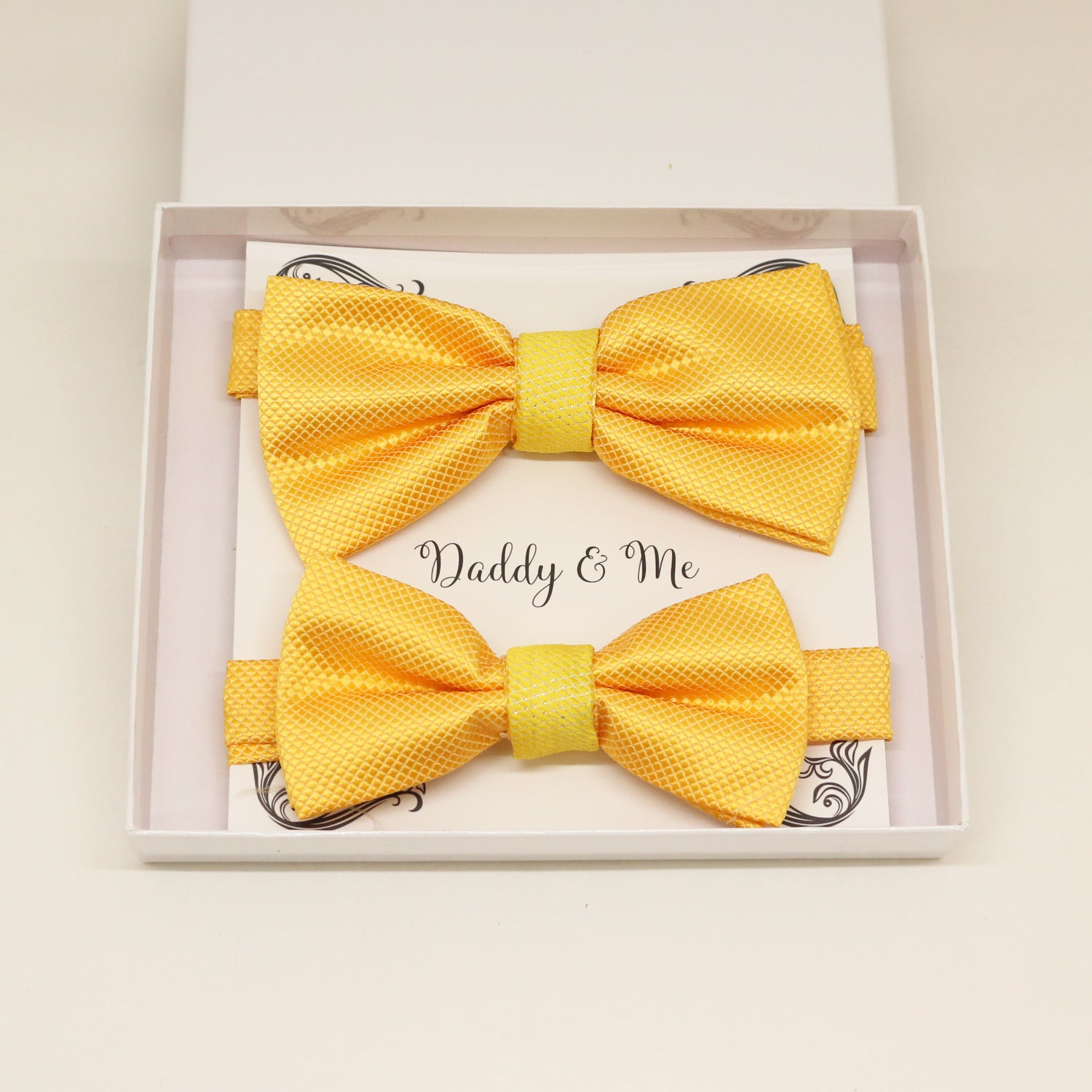 Sunny Yellow Bow tie set for daddy and son, Daddy me gift set, Grandpa gift, Father son match, Toddler bow tie, daddy me bow, Yellow bow tie