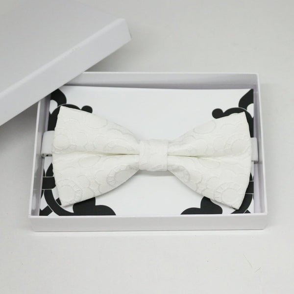 White flower bow tie, Best man request gift, Groomsman bow tie, Man of honor gift, Best man bow tie, best man gift, man of honor request