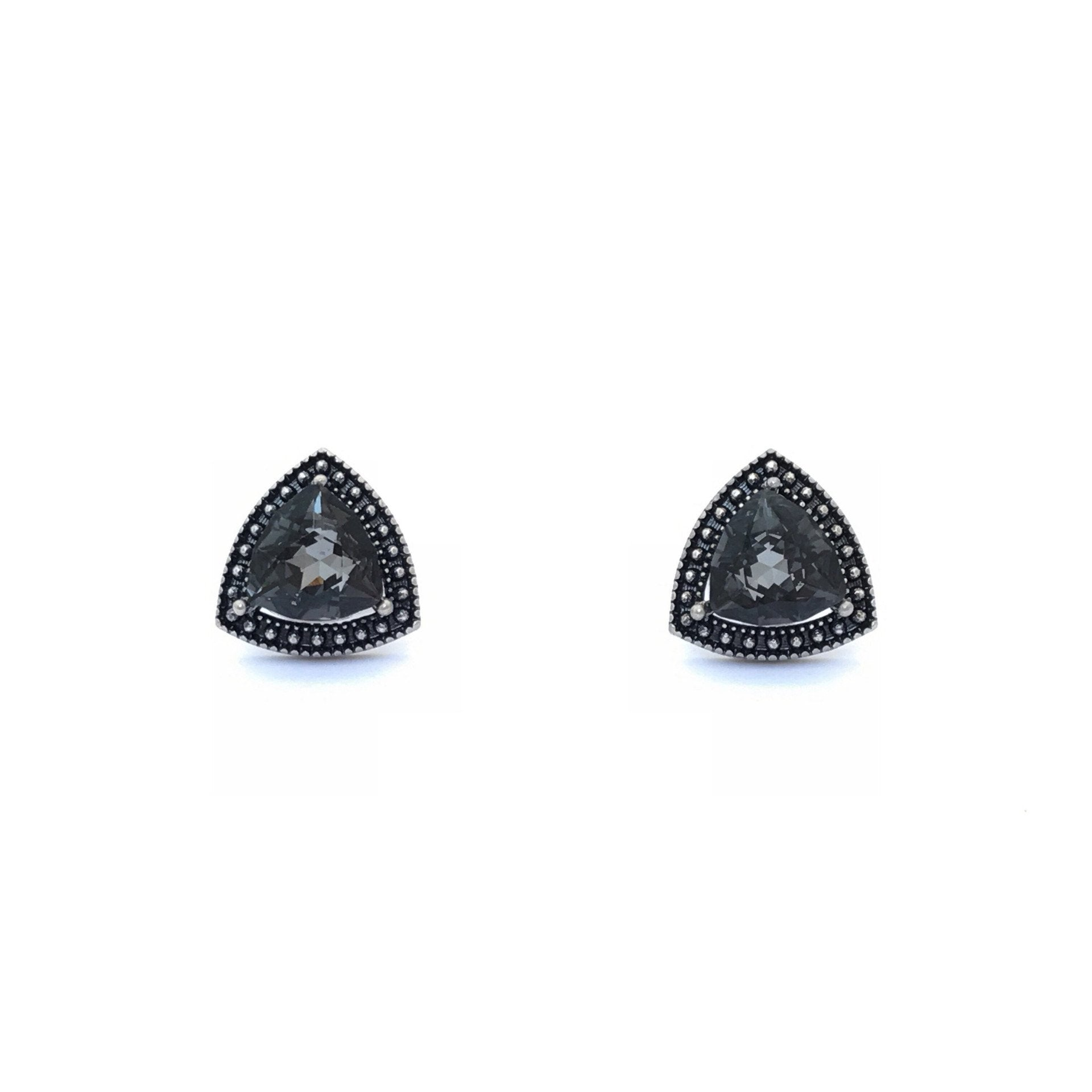 cc piercing earrings chanel crystal ruthenium black stud rare
