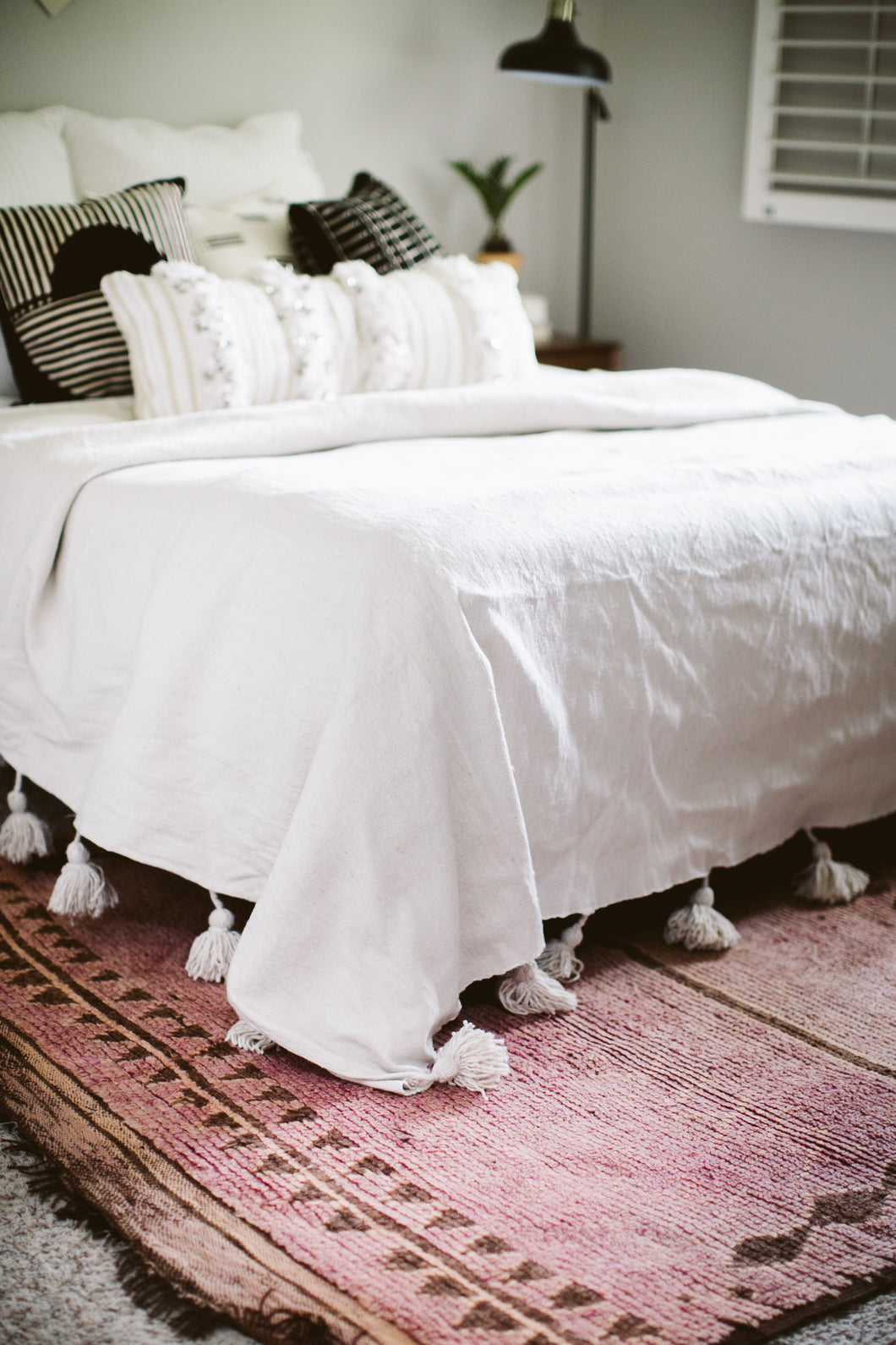 Pom Pom Queen Coverlet - Natural