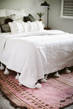 Pom Pom Queen Coverlet