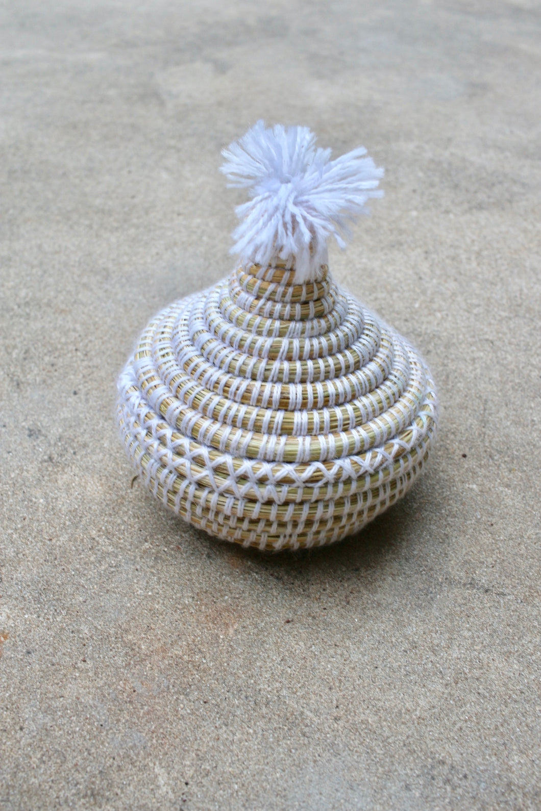 Small Lidded Pom Pom Basket, White