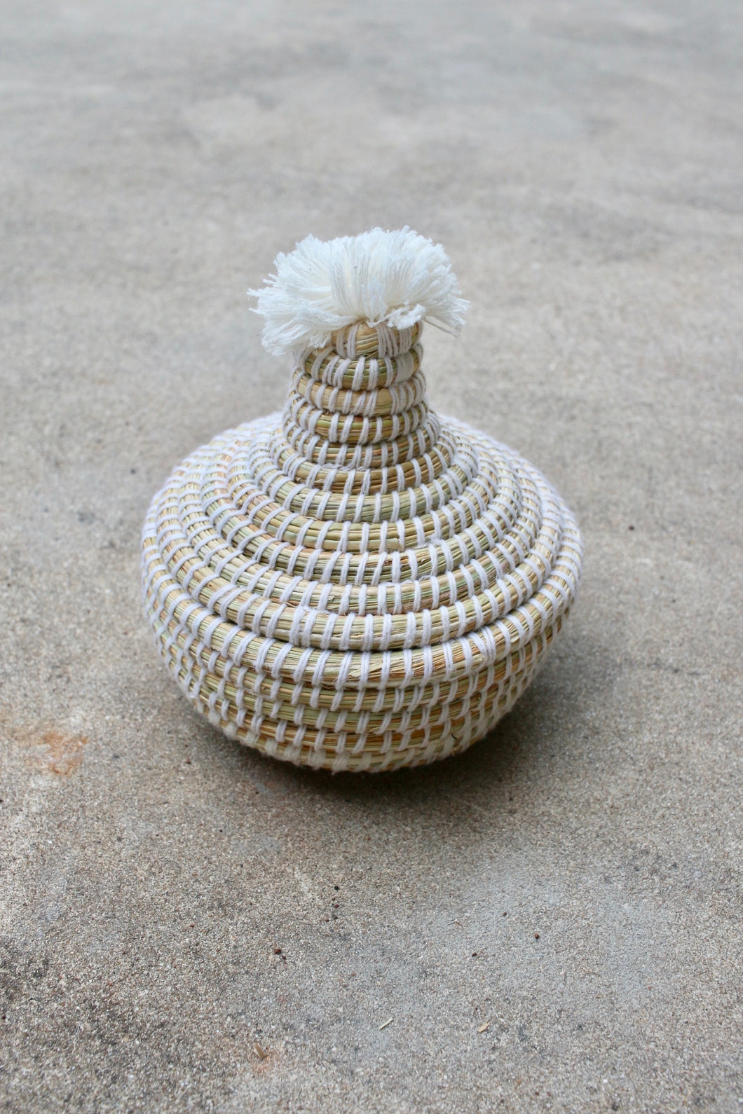 Small Lidded Pom Pom Basket, Cream
