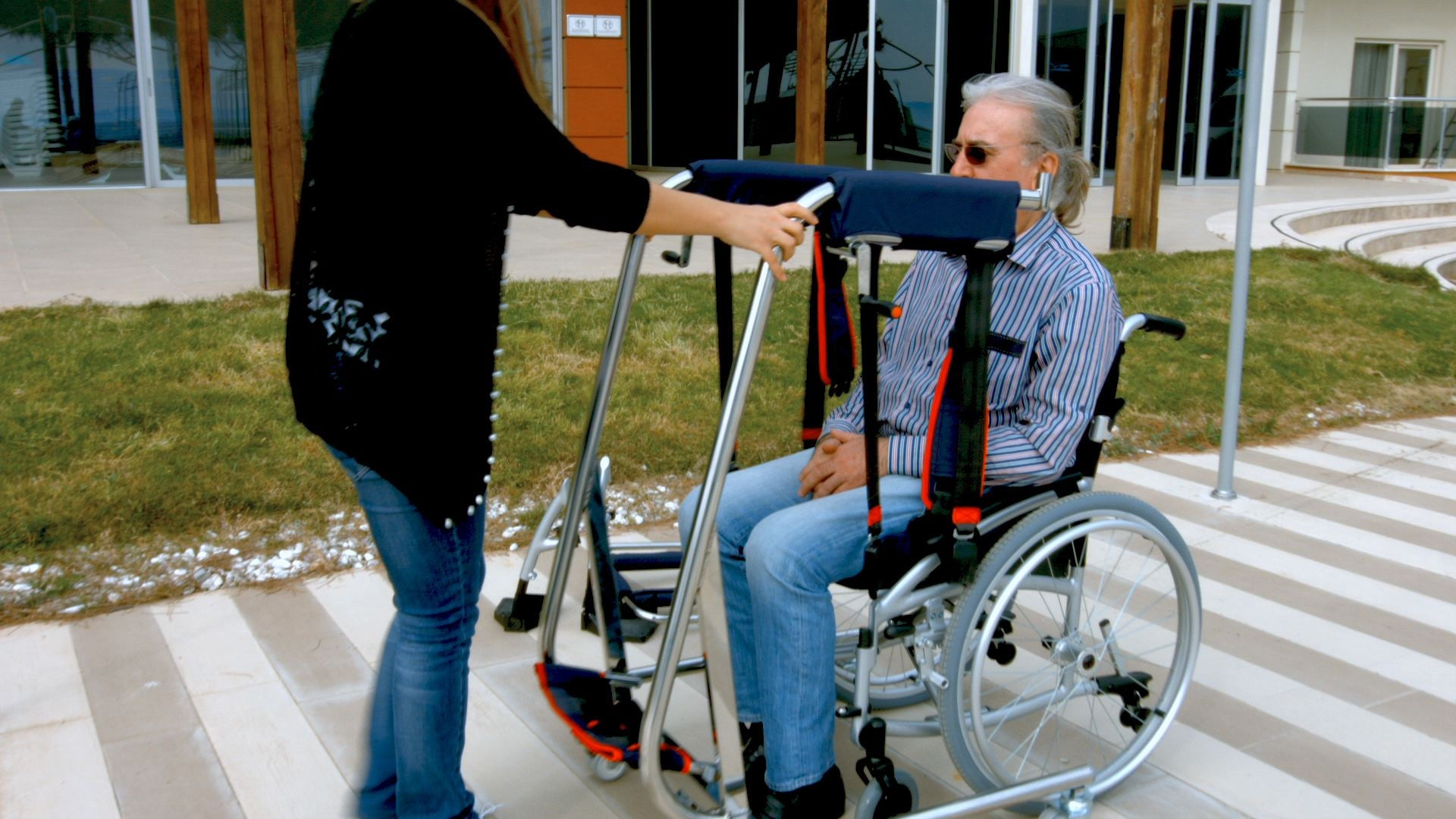 mediglad - multifunctional manual patient disabled transfer lift